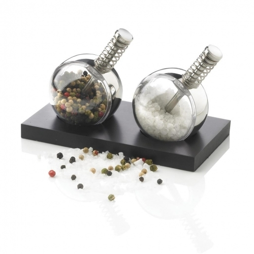 Planet Salt & Pepper Set