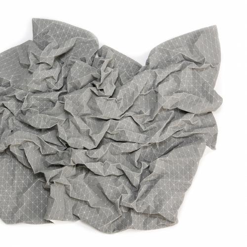 Folding A-Part Throw