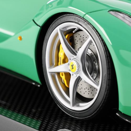 Ferrari   LaFerrari   Amalgam   1:12 scale car   Green