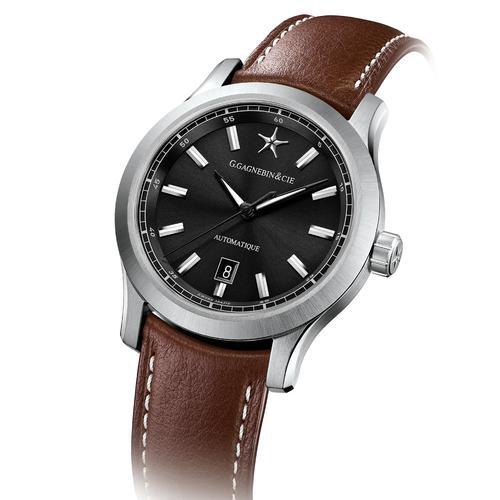 Karaktero   Black dial   Brown leather strap
